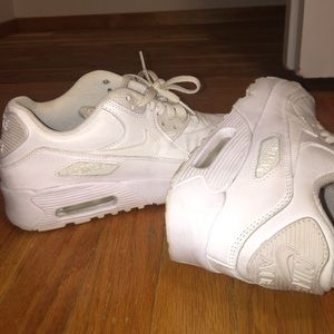Nike Air Max 90 Leather Casual Shoes